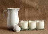 Вчені з'ясували, чому не можна пити молоко під час застуди