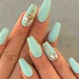 Красиве нарощування нігтів. Дизайн нарощених нігтів