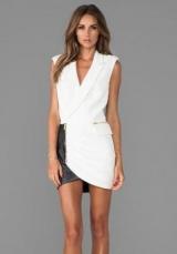 З чим носити плаття-смокінг?