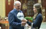 Лукашенко заявив, що вчив бігати маленьку Домрачева