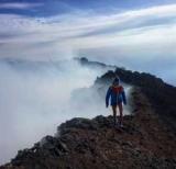 Вірер забралася на найвищий діючий вулкан Європи